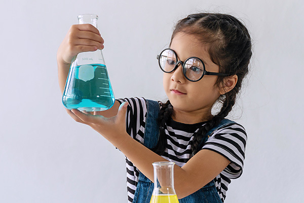 Winter Science: Concoctions and Disorder (3 day camp)